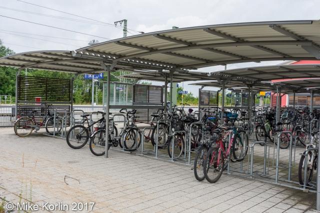 Bahnhofplatz Murnau am 05.06.2017