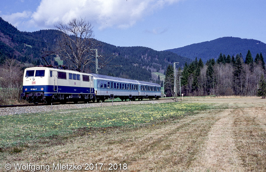 111 194-7 bei Oberammergau am 25.04.1998