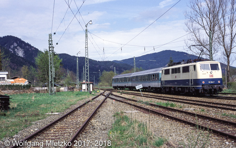 111 005-5 in Oberammergau am 09.05.1998
