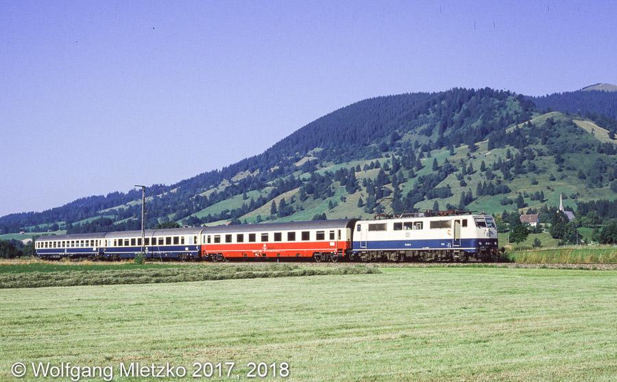 111 048-5 bei Unterammergau am 31.08.1985