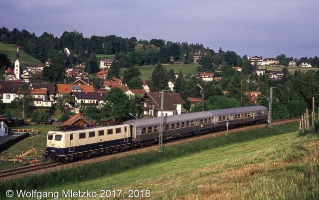 141 008 bei Bad Kohlgrub am 02.06.1990