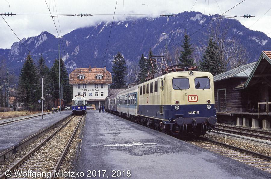 141 371 und 491 001 in Oberammergau am 24.01.1993