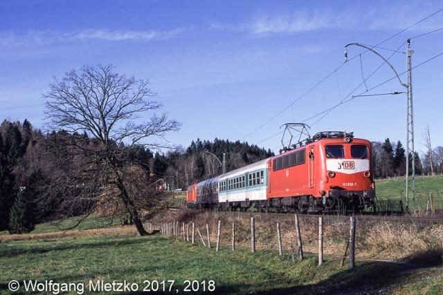 141 030 und 141 356 bei Seeleiten-Berggeist am 27.12.2000