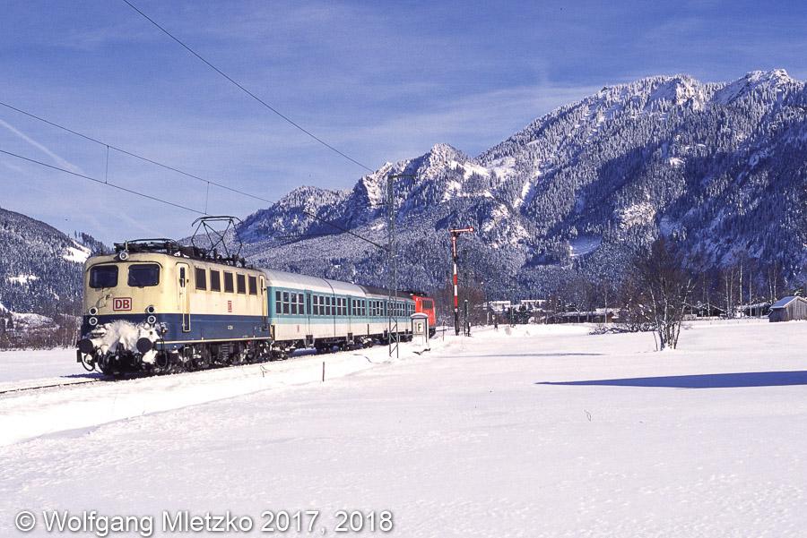 141 238 und 141 360 bei Oberammergau am 27.02.2001
