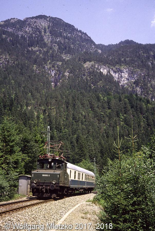 169 002-3 bei Griesen am 01.08.1981