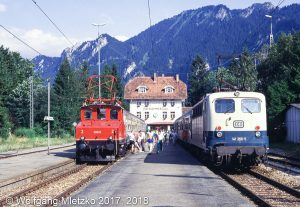 E69 03 & 141 366-5 in Oberammergau am 17.08.1991