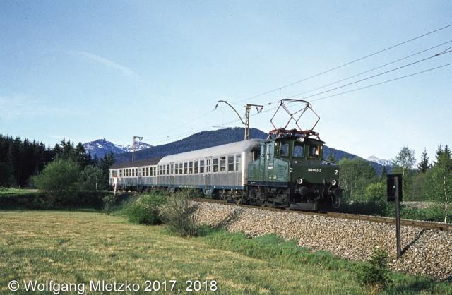 169 002-3 mit 2 Silberlingen am 26.02.2018