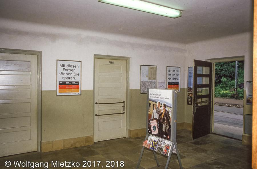 KBS_963 Bad Kohlgrub Schalterraum um 1985